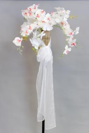 Products W1 -7_tiki_torch_with_silk_floral_and_tie